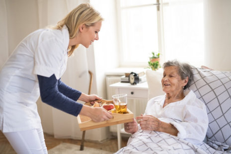 Must Nutrients That Needs to Be in a Senior's Plate